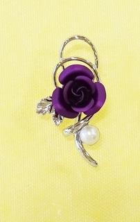 ピンブローチ紫.JPG